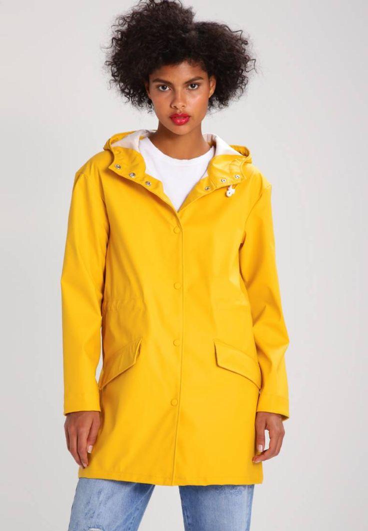 ONLY. ONLLANA - Parka - yolk yellow. Taschen:Pattentaschen. Wetter:Regen. Verschluss:Knopf. Fütterungsdicke:ungefüttert. Passform:normal. Material Oberstoff:100% Polyester. Gesamtlänge:83 cm bei Größe S. Länge:oberschenkellang. Detail...
