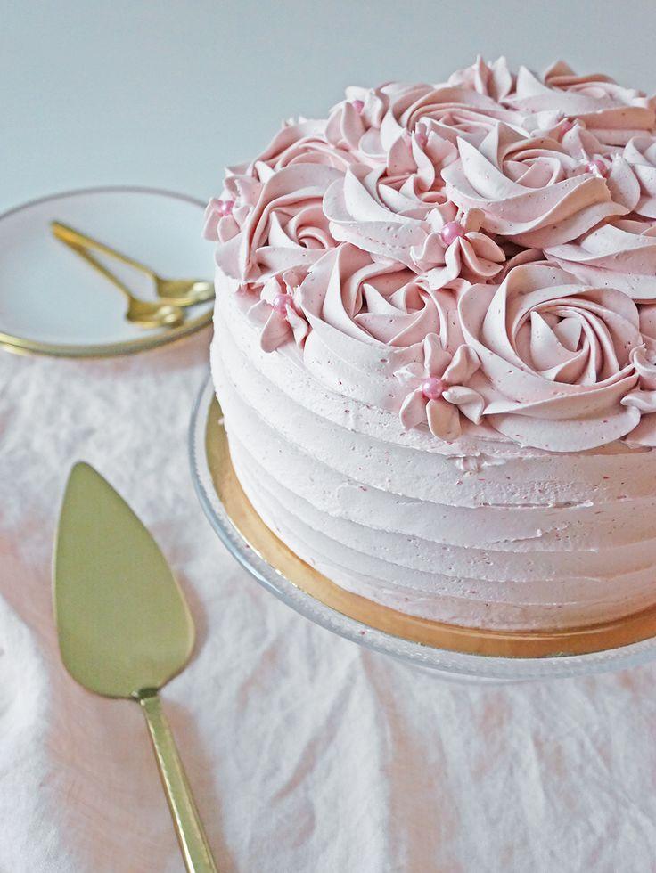 Hallon och chokladtårta Raspberry chocolate layer cake