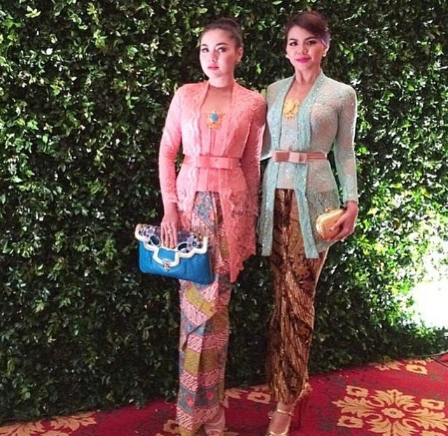 Pink and blue Indonesian kebaya