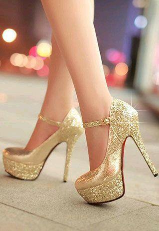 #Zapatos #Dorado