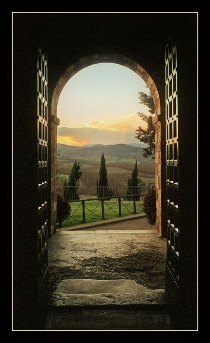Tuscany by Laszlo Baranyai
