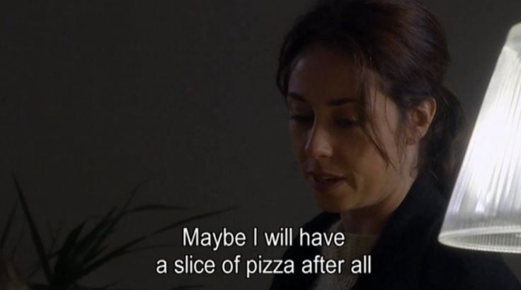 Why lund is the best detectiveever:  At suspect's house. Suspect offers her pizza, she says no. Gets a call saying the suspect has no alibi and therefore is potentially dangerous. She then accepts the pizza offer.