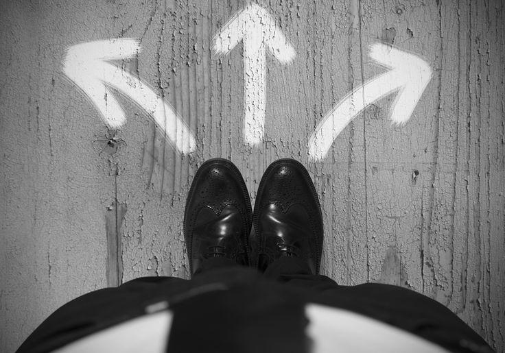 Bij het kiezen van de juiste strategie gaat het volgens ons om drie factoren: positie, resources en kansen. Veel markten bevinden zich momenteel in een staat van 'transformatie'. Bestaande spelers moeten hun dienstverlening herdefiniëren en hun marktpositie heroveren. Nieuwe aanbieders metandere technologieën en verdienmodellen geven klanten alternatieven en diensten die voorheen niet denkbaar waren. Tegelijkertijd blijven klanten graag trouw aanContinue Reading