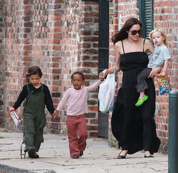 Angelina Jolie Pictures - Angelina Jolie And the Kids in New Orleans - Zimbio