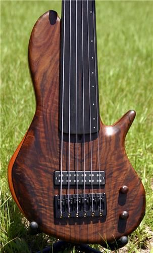 The Bass Shapes | Tom Clement Instruments
