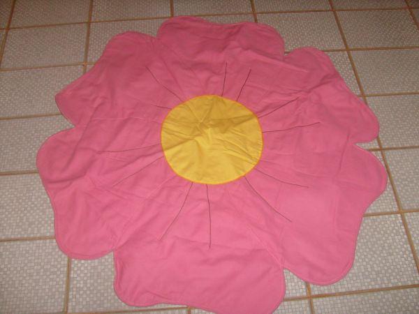 die besten 25 rosa tapete ideen auf pinterest love pink tapete baby m dchen tapete und. Black Bedroom Furniture Sets. Home Design Ideas