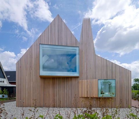 House, Utrecht, The Netherlands by Rocha Tombal. Photograph by Hennie Raaymakers.