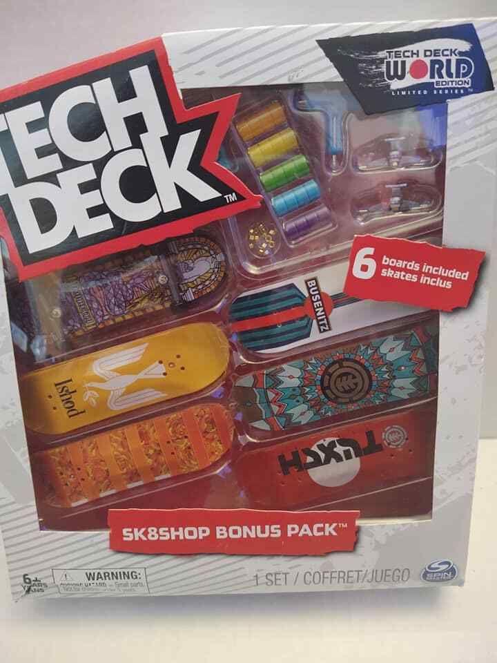 Tech Deck-World Edition-Santa Cruz Hand