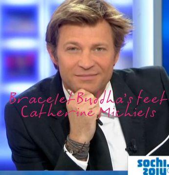 Laurent Delahousse porte le bracelet porte-bonheur de Catherine Michiels en vente ici http://www.matemonsac.com/catherine-michiels-charm-buddha-feet-argent.html