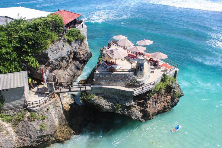 Suluban Beach - In Nusa Dua (South Bali)