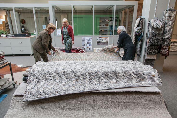 Alle tapijten die we bij Tapiroe verkopen, garanderen een uitstekende kwaliteit en een perfecte match van materiaal, kleur, vorm en design.