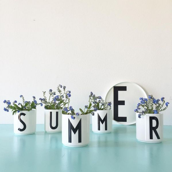 It feels like summer when we bring the beautiful purple flowers indoor and decorate our home with personal porcelain cups with flowers in them.