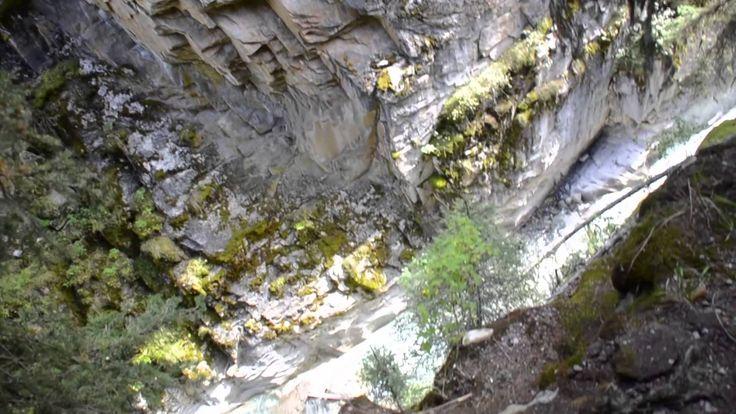 KinderJet TV Johnston Canyon, AB