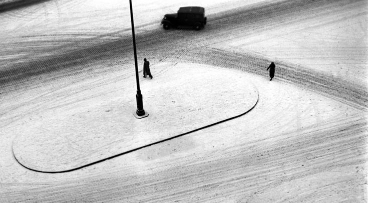 Lucien Hervé Paris 1947 Hold Up Photo
