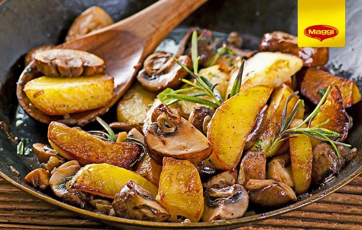 Mushrooms & potatoes = Love // Ciuperci cu cartofi la tigaie -> https://www.facebook.com/MAGGI.Romania