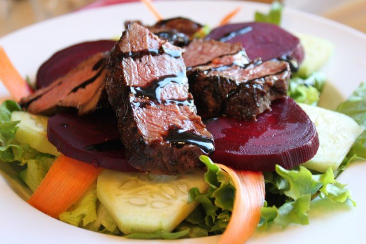 Easy Balsamic Grilled Steak Salad with Beets
