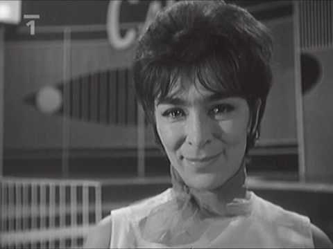 Hana Hegerová - Milord (1964) - YouTube
