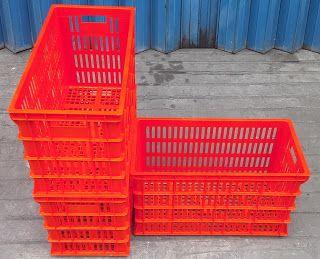Selatan Jaya distributor barang plastik Surabaya: Keranjang industri krat plastik merk top tebal kua...