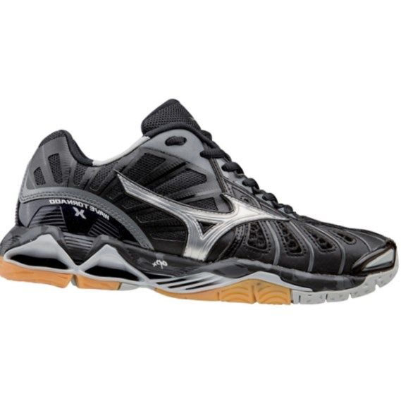 Best womens volleyball shoes 2017 – Top Picks and In-depth Reviews.