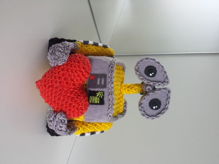 Amigurumi Crochet Ravelry : Make It: Wall-e - Free Crochet Pattern #crochet #amigurumi ...