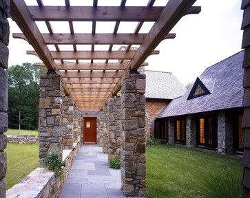 Stone Pillars Design Ideas, Pictures, Remodel, and Decor - page 4 Stonepillar entrance pergola