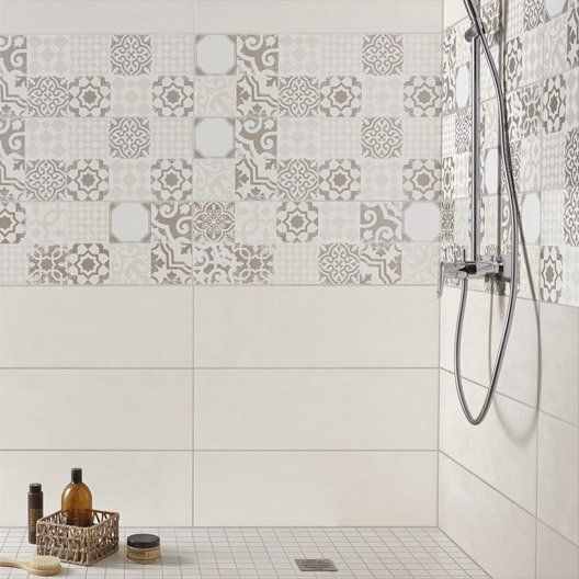 111 best images about salle de bain on pinterest stains for Carrelage mural 15 x 20 blanc