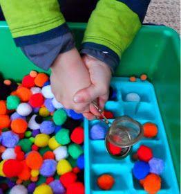 TERAPIA OCUPACIONAL INFANTIL JOHANNA MELO FRANCO: Exercícios de Força para mãos e dedos com bolinhas coloridas