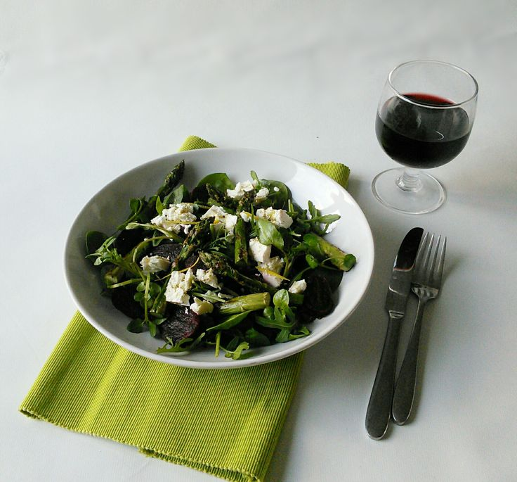 Beetroot, feta and asparagus salad