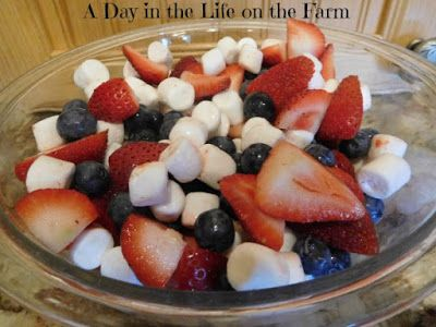 A Day in the Life on the Farm: Red, White and Blue Fruit Salad for #Sunday Supper