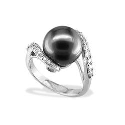White Gold Elegance Ring with Tahitian Black Pearl and Diamonds - Rings - Jewelry Type