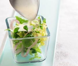 Recept Jogurtová zálivka s křenem od Vorwerk vývoj receptů - Recept z kategorie Omáčky a dipy