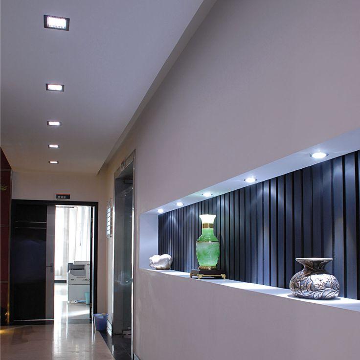 Salotto In Stile Moderno E Controsoffittatura A Led Interior Design ...
