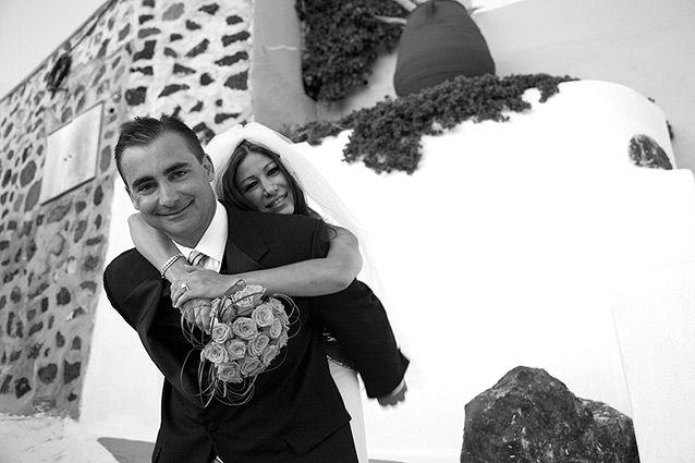 Best wedding destination: Santorini island in Greece