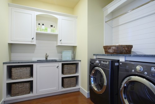 Laundry roomCabinets, Traditional Laundry, Laundry Room Design, Room Ideas, Laundry Rooms, Under Sinks, Laundry Baskets, Storage Ideas, Laundryroom