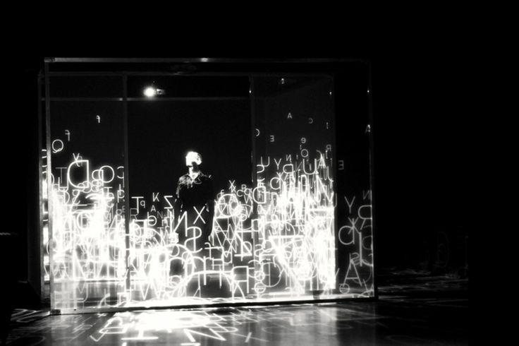 XYZT présentation. Présentation de l'exposition XYZT, Les paysages abstraits.  Horizontalité X Verticalité Y Profondeur Z Temps T Quatre let...