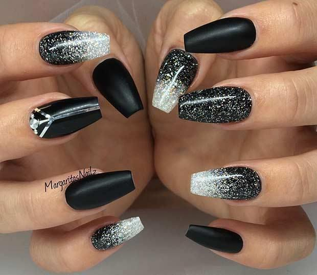 Gel Nail Designs For Winter Glitter 2018 In 2020 Black Nail