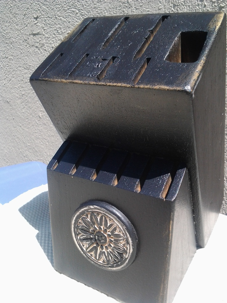 25 Best Ideas About Black Spray Paint On Pinterest Spray Painting Metal Spray Paint Cabinets