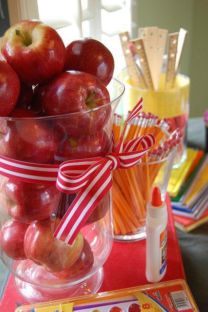 centerpieces- simple, apples, pencils, etc.  backtoschoolparty apples by D. Ey, via Flickr