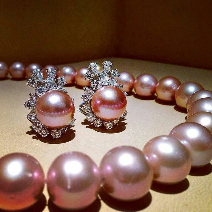 Natural Pink Pearls ...because pearls are always in fashion #Xanthopoulos #jewellery