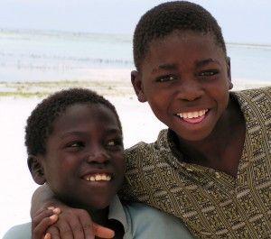 Adoptar de la adopción internacional de Burundi