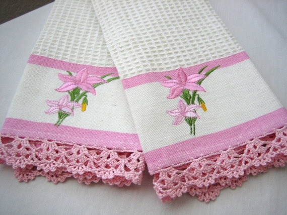 Set of 2 kitchen towels hand crochet by demisfinethreads on Etsy, $20.00
