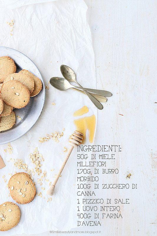 Biscotti con farina d'avena e miele