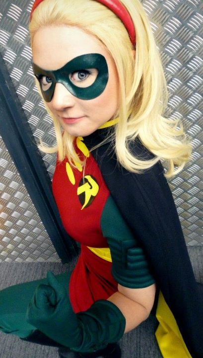 Stephanie Brown, waita do something unusual.