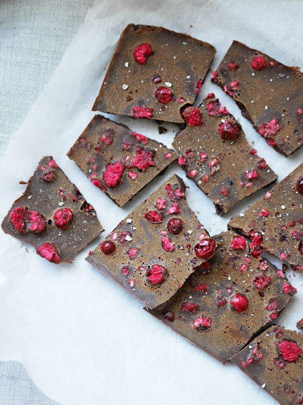 Licorice raw chocolate