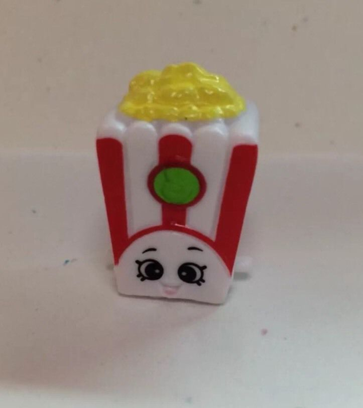 Shopkins Season 2 053 Red White Poppy Corn Popcorn SHOPKIN Figure
