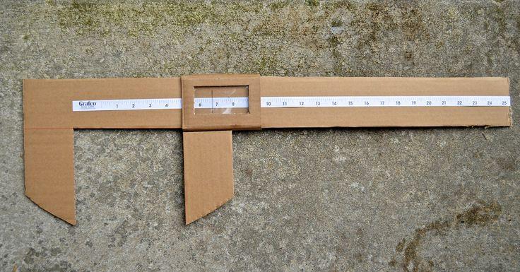 ikatbag: Cardboard not-really-Vernier Callipers