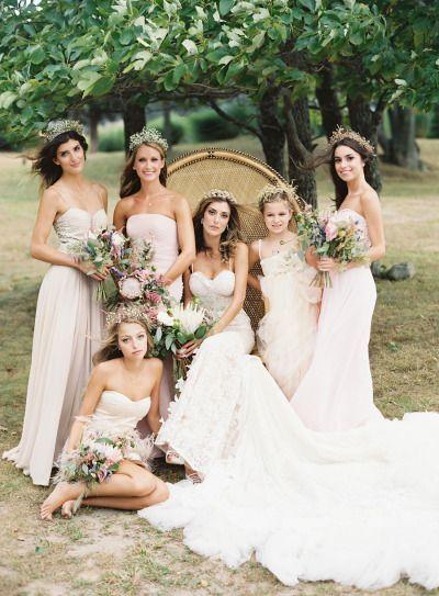 Whimsical New York Wedding: http://www.stylemepretty.com/2015/05/08/whimsical-new-york-inn-wedding/ | Photography: Judy Pak - http://judypak.com/