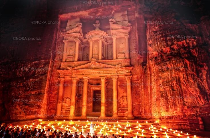 The Al-Khazneh - The Treasury. Petra. Jordan © Nora de Angelli / www.noraphotos.com