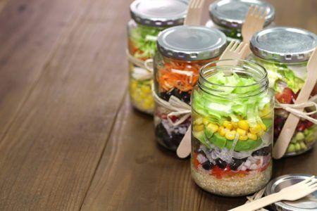 DIY Skinny Salad-in-a-Jar – Meal Prep