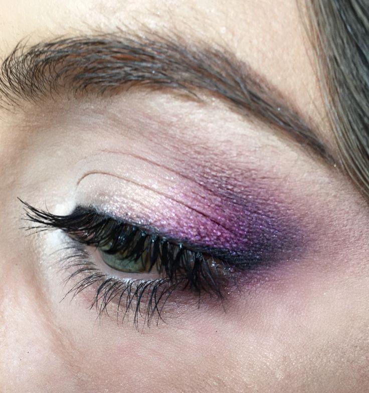 lila violet makeup, pencil technique by Ana Waszkiewicz